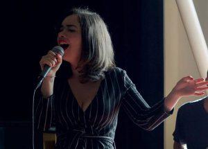 Zangeres Filomena Croce zingt jazzy en bossanova repertoire